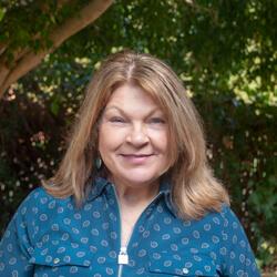 Suzanne Manavian